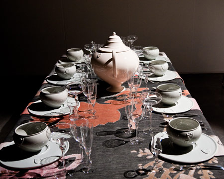 "Courtesy of www.dezeen.com ""Table-Palette"" for the ""Total Table Project"" at Object Rotterdam, 2010 by Kiki van Eijk"