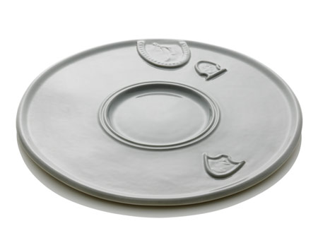 "Courtesy of: www.dezeen.com ""Table-Palette: Dinner plate"" for Cor Unum by Kiki van Eijk"