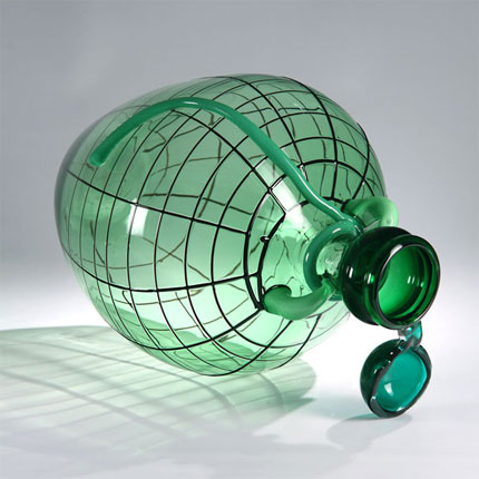 "Courtesy of www.dezeen.com  Courtesy of: www.dilmos.com ""Glass Skin: Drink!"" for Venice project by Kiki Van Eijk"