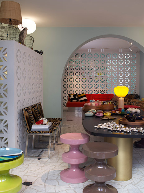Courtesy of: www.culturedivine.com Show Room of India Mahdavi