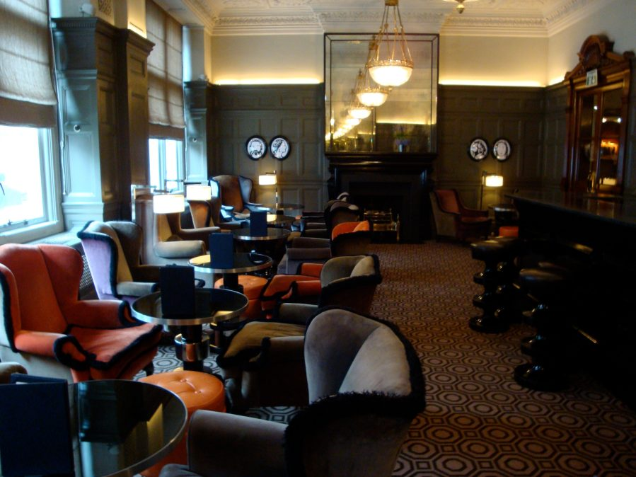 "Courtesy of: www.hotelchicblog.com ""Coburg Bar"" of ""Connaught Hotel"", London Interior design by India Mahdavi"