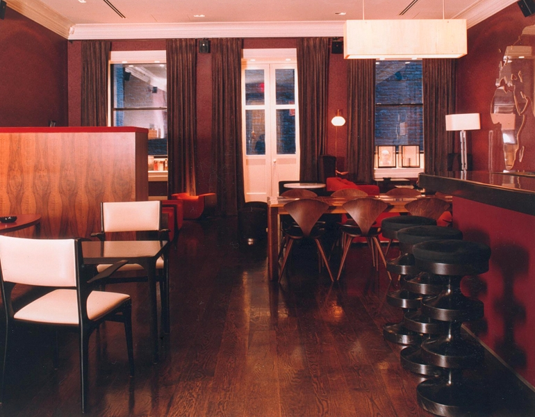 "Courtesy of: www.india-mahdavi.com ""APT Nightclub"", New York, 2000, project for Jonathan Morr, interior design by India Mahdavi"