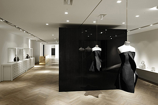 "Courtesy of: www.luxuo.it ""Givenchy Store"" 28, Faubourg St. Honoré, Paris, interior design by India Mahdavi"