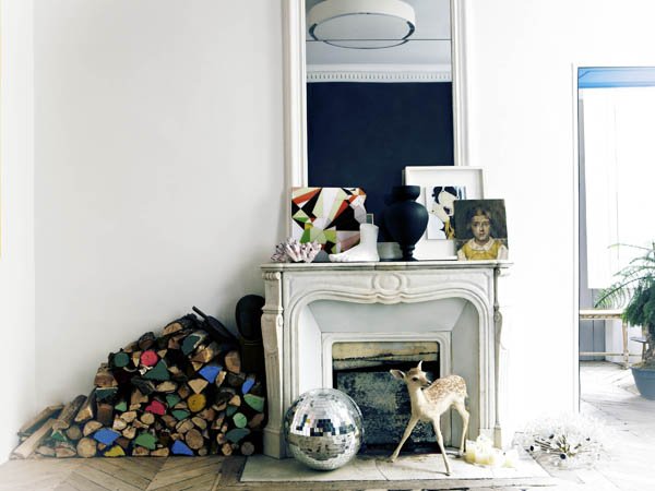 """Courtesy of: www.designhunter.co.uk  Image from """"Decorating with style"""" by Abigail Ahern"""