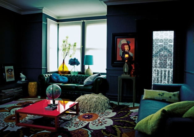 """Courtesy of: www.midkothianadvertiser.co.uk Image from """"Decorating with style"""" by Abigail Ahern"""